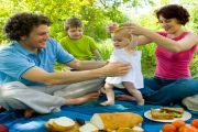 Picnic Food for Kids: 8 Easy and Tasty Recipes for You