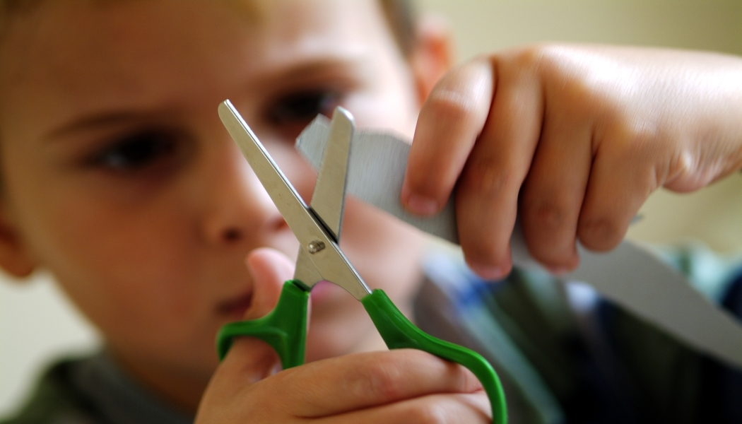 Teaching Preschoolers To Cut With Scissors New Kids Center