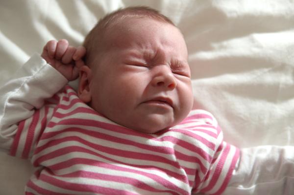 Common causes of newborn sneezing