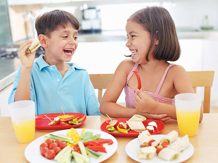 How to Get Kids to Eat Dinner - New Kids Center